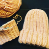 Вяжу из пряжи на заказ  шарфы/шапки/варежки разные узоры